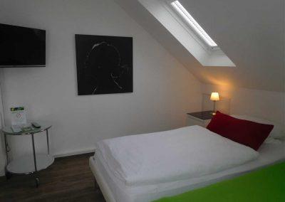 zimmer-11-hotel-eikamper-hoehe - Kopie (2)