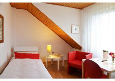 zimmer-12-hotel-eikamper-hoehe